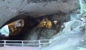cueva-de-los-akelarres