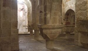 cripta-del-monasterio-san-salvador-de-leire